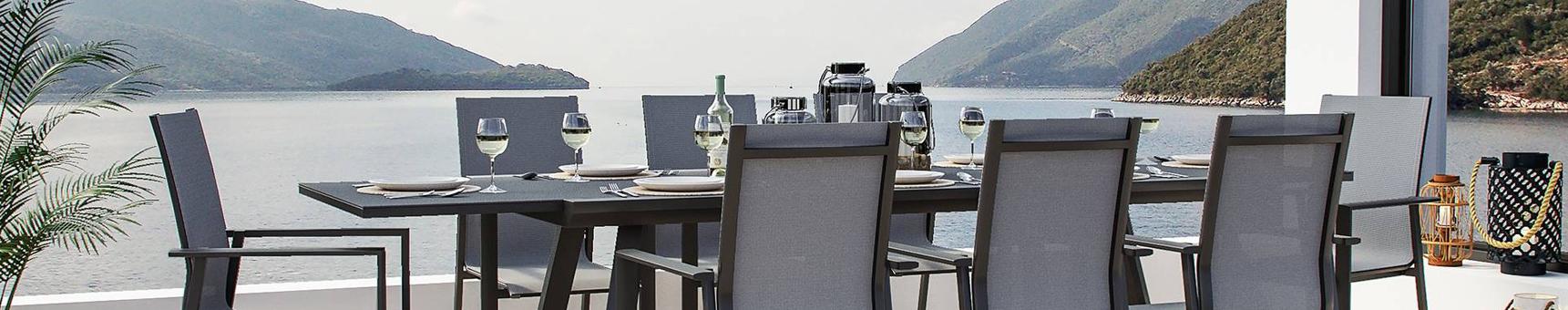 Rozkładane zestawy stołowe
